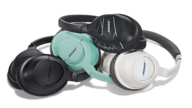 Bose_STrueAE_headphones_Family_LR