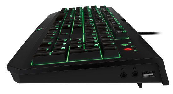 422944-razer-blackwidow-ultimate-2014-side