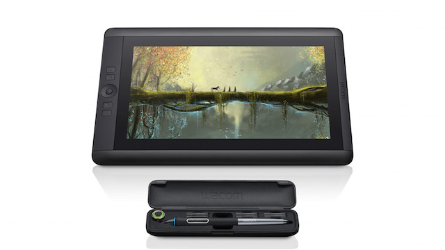 Cintiq_13HD_touch_DTH1300_FrontView_RGB_wPen_Case