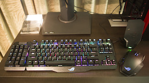 Claymore-mechanical-gaming-keyboard-and-Spatha-gaming-mouse
