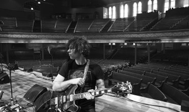 "Ryan Adams: disponibile da oggi il nuovo album ""Prisoner"""