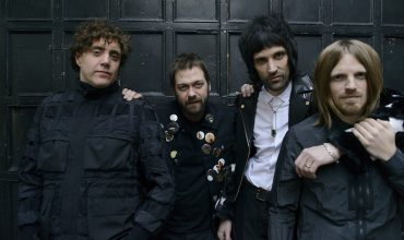 Tornano i Kasabian con il nuovo singolo You're In Love With A Psycho
