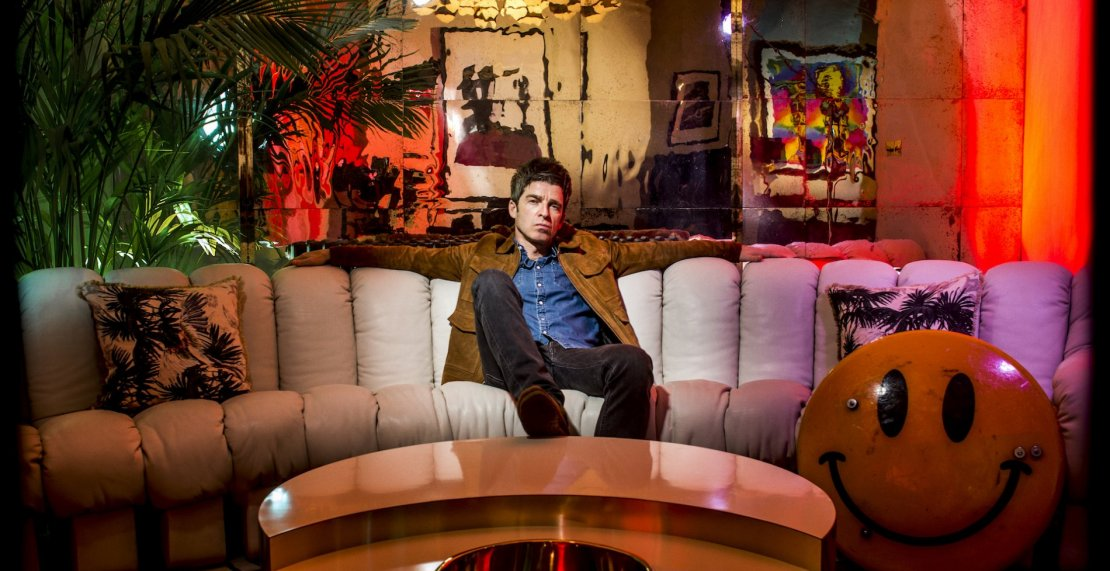 Noel Gallagher – Who Buil The Moon  – Recensione ef04e9f8e51e